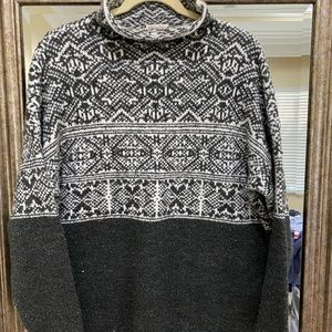 Mock Neck sweater. Size XXL